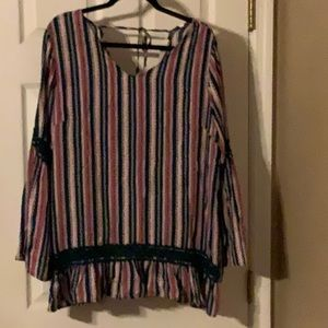 Ladies size 3x pullover top